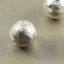 別アングル1: つや消しボール 6mm 1個