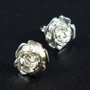 画像1: 薔薇/バラ/お花/シルバー925/ポイントピアス/片耳(1個)